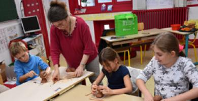 Hands-on artistic workshops for younger visitors